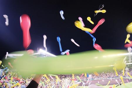恒例のジェット風船