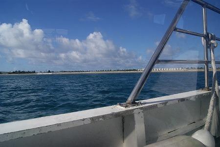 石垣港離島ターミナル 海上