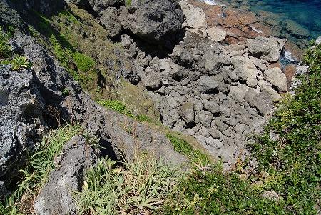 与那国島 断崖絶壁 ギリギリ