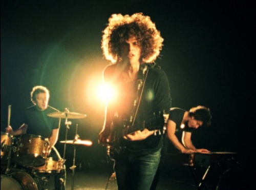 Wolfmother+_01.jpg