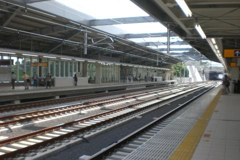 成田湯川3