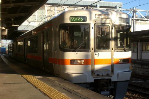 313富士駅101223