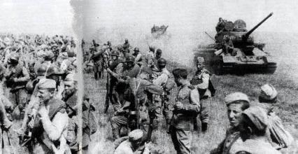 外蒙古から奉天へ向かうソ連軍