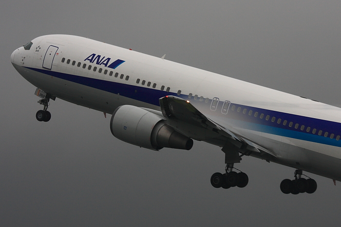 ANA B767-381 ANA427@伊丹スカイパーク(by 40D with EF100-400/4.5-5.6L IS)