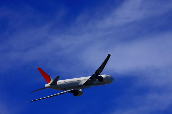 去年10月の空とJAL B777-346ER@エアフロントオアシス(by 40D with EF100-400/4.5-5.6L IS)