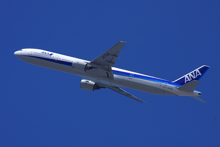 ANA B777-381 ANA20@天神川土手(by 40D with EF100-400/4.5-5.6L IS)