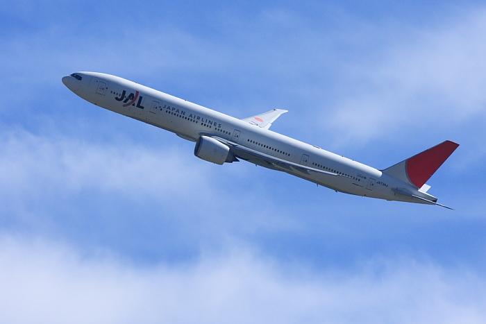 JAL B777-346ER JAL3002@瑞ヶ池公園(by 40D with EF100-400/4.5-5.6L IS)