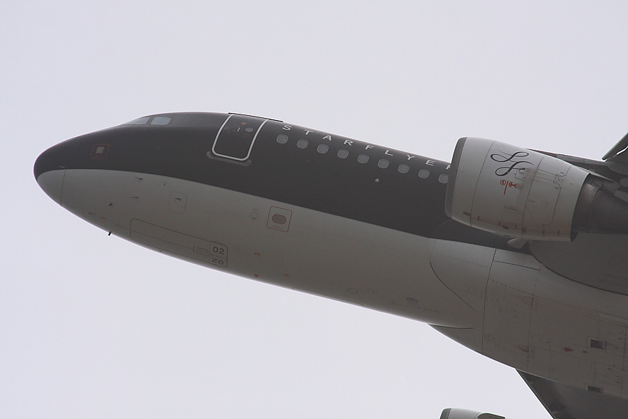 SFJ A320-214 SFJ022@関空展望ホールSkyView(by EOS40D with SIGMA APO300/2.8EX DG+APO TC2x)