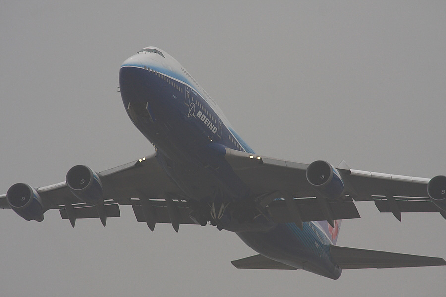 CAL B747-409 CI0157@関空展望ホールSkyView(by EOS40D with SIGMA APO300/2.8EX DG+APO TC2x)
