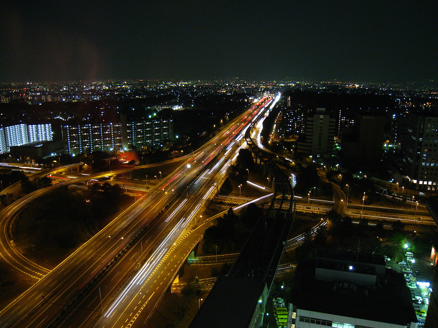 22階からの夜景@千里阪急ビル22F・懇親会会場(by IXY DIGITAL 910IS)