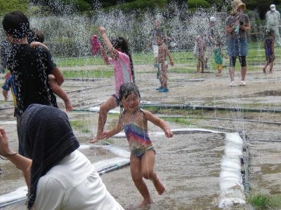 2010.08.10 噴水迷路 016