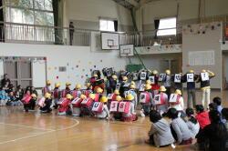 0301卒業を祝う会1