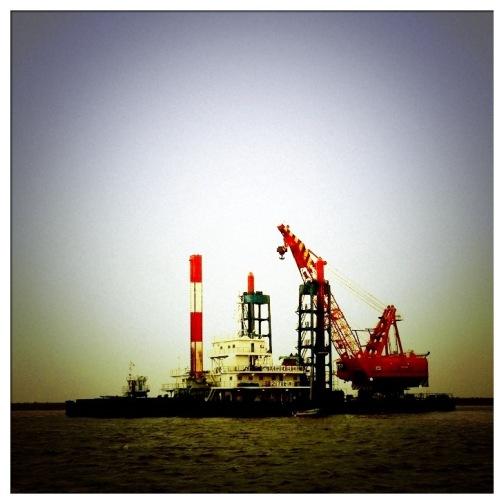 クレーン船×iphone4