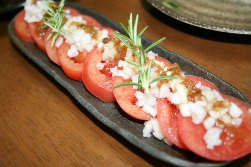 トマトの新たまサラダ