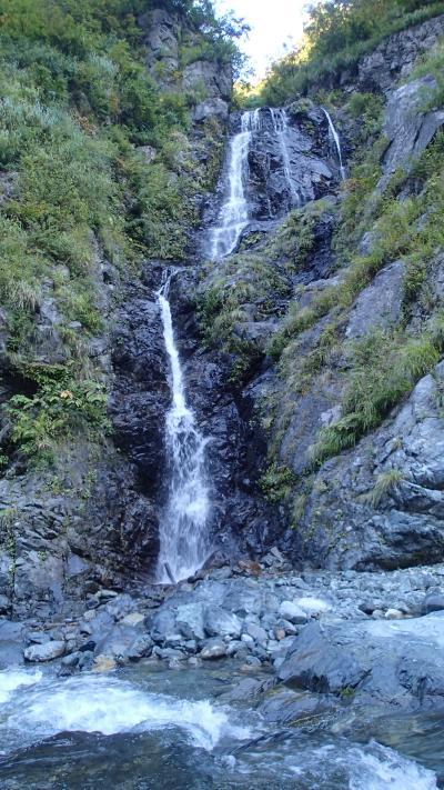 鍋沢出合2段滝