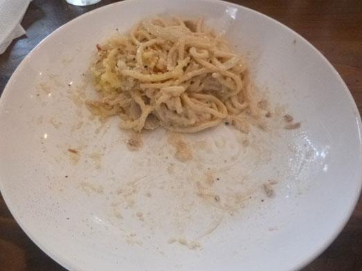 浅草カルボ大盛りデカ盛りスパゲッティカルボナーラ025