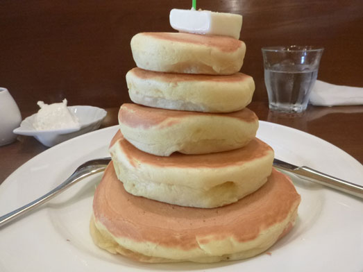 浅草ミモザのパンケーキはビッグホットケーキ018