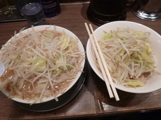 ジャンクガレッジ東京ラーメン豚増し野菜増しダブル015
