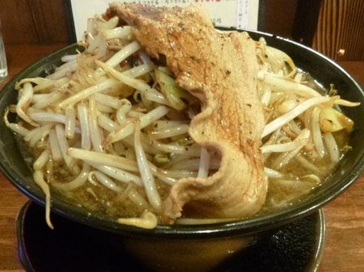 男気らーめんアカギ黒醤油らーめん麺大盛り野菜増し001