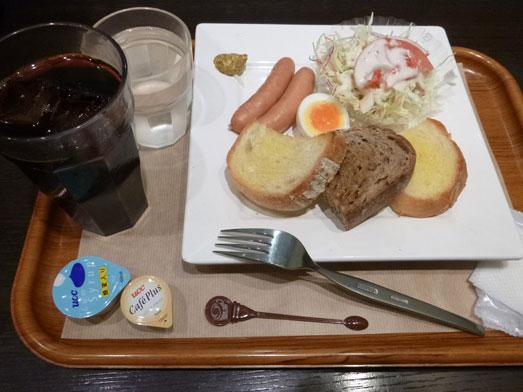 サンドッグイン神戸屋八重洲店モーニングパン食べ放題009