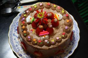 ケーキはEちゃんと娘のYちゃんmade☆