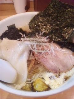 魂麺の海苔らーめん