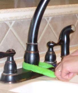 faucetclean.jpg