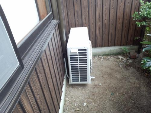 防府市 N様邸 当店おすすめエアコン 日立ステンレスクリーン白くまくん RAS-SX71C2 2台取付 &電気工事