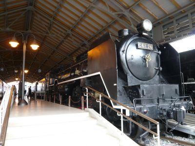 C62型蒸気機関車