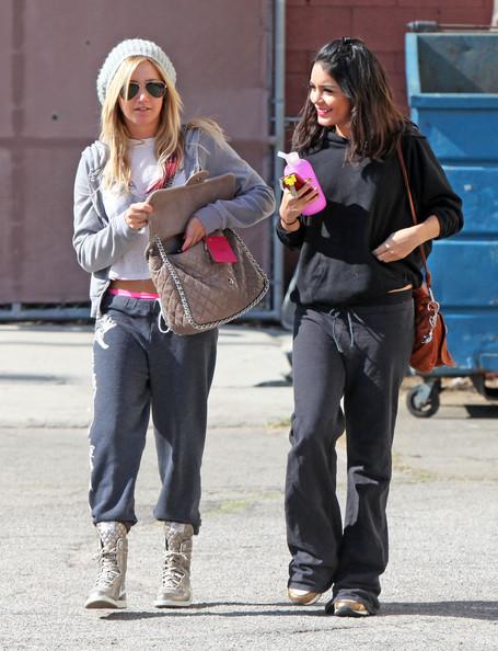 Ashley+Tisdale+Vanessa+Hudgens+Get+Ready+Dance+0DO0DdQtgNyl.jpg