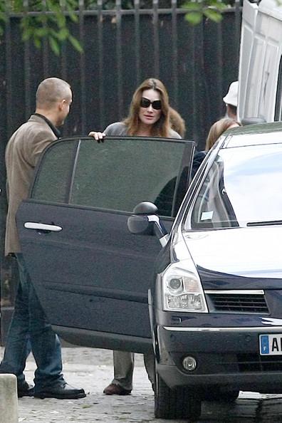 Carla+Bruni+Sarkozy+Carla+Bruni+Shops+Baby+wVpIDKTzDr6l.jpg