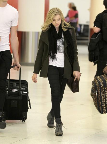 Chloe+Moretz+Arriving+LAX+Airport+pAziob5Q00Ol.jpg