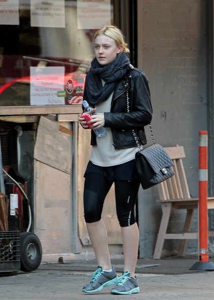 Dakota+Fanning+Dakota+Fanning+Heads+Gym+2+-wgKvOnGWiIl.jpg