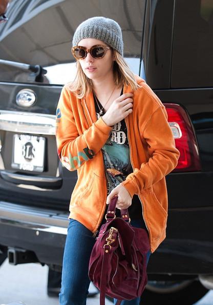 Emma+Roberts+Emma+Roberts+LAX+HARdRu2kJ1Ul.jpg