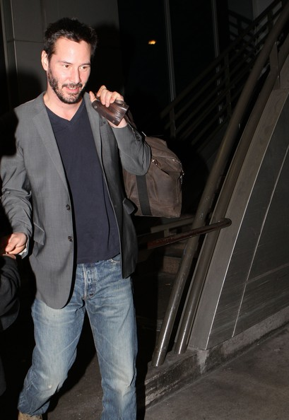 Exclusive+Drunk+Keanu+Reeves+Arriving+LAX+6X2d5AKhdLLl.jpg