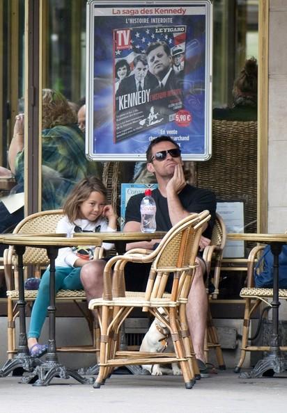 Hugh+and+Ava+s+Parisian+date+Pi7_5Nw75Ujl.jpg