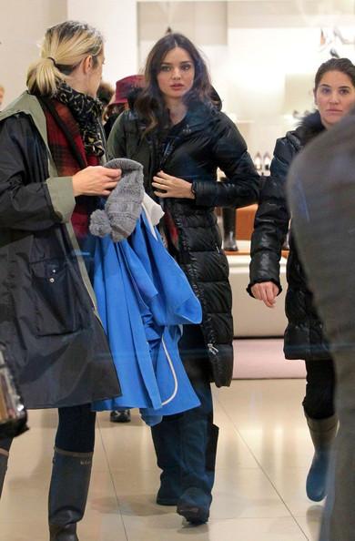 Kerr+braves+rain+fashion+NurExbfHdk-l.jpg
