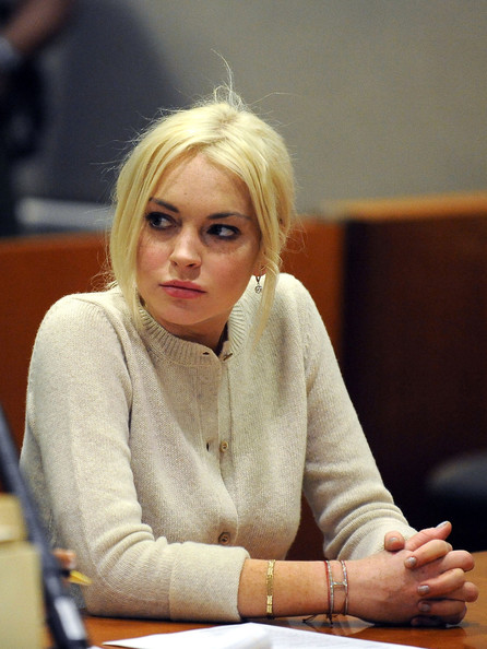 Lindsay+Lohan+appears+before+Judge+Stephanie+-2Ar1ch4Bysl.jpg