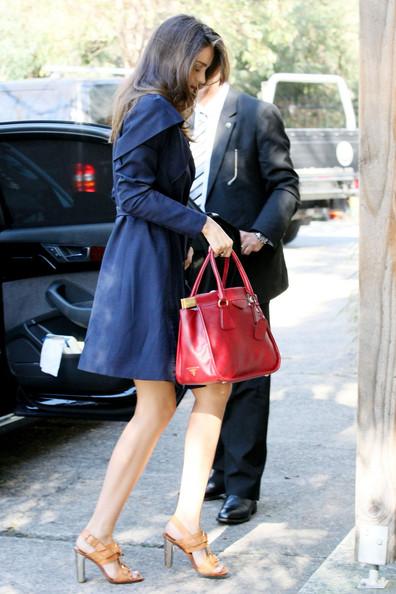 Miranda+Kerr+stylishly+dressed+Miranda+Kerr+8M0tnEVzl4Jl.jpg