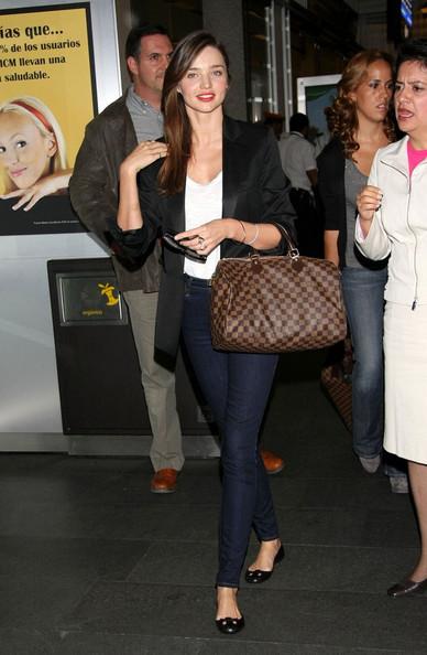 Miranda+s+stylish+arrival+ECT2wxPghIfl.jpg