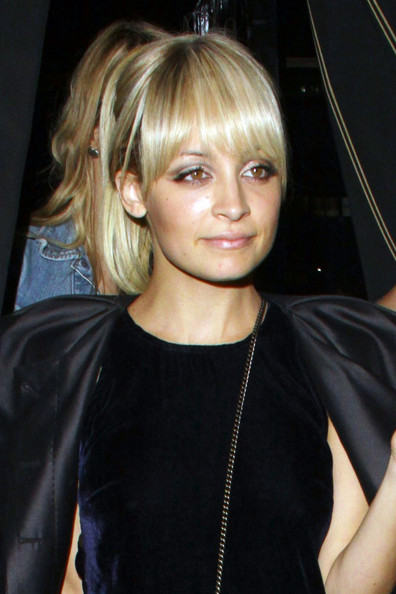 Nicole+Richie+enjoys+glamorous+night+out+Il+q7tzkZuFy3il.jpg