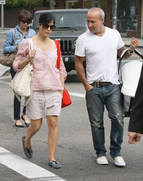 Selma+Blair+Family+Out+Beverly+Hills+m5RoKLif1vql.jpg