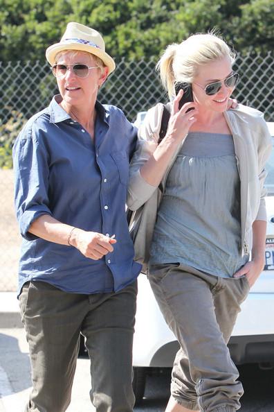 Talk+show+host+Ellen+DeGeneres+partner+Portia+naFUUyZa1q3l.jpg
