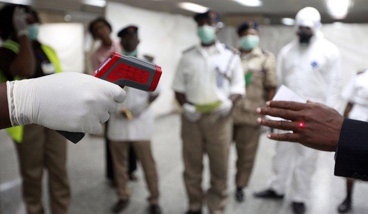 エボラ10