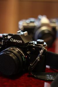 おどり一眼レフカメラCANON