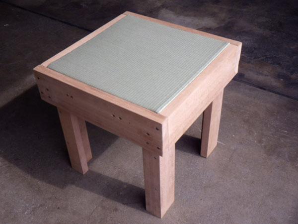 201306 町田市玉川学園大沢畳店 廃材を利用した畳イス