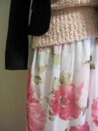 花柄マキシ丈スカート