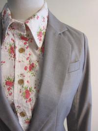ロング丈ジャケット 花柄シャツ