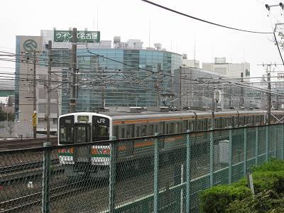 WINS名古屋とJR中央線
