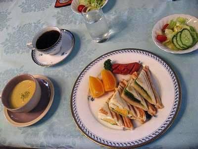 2日目の朝食フルメンバー